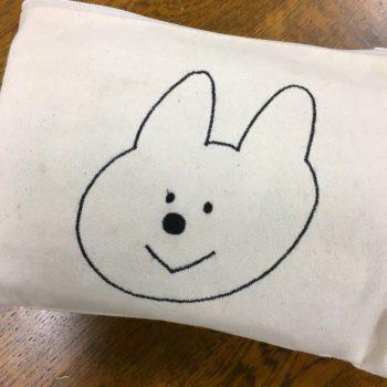 ウサギ 刺繍