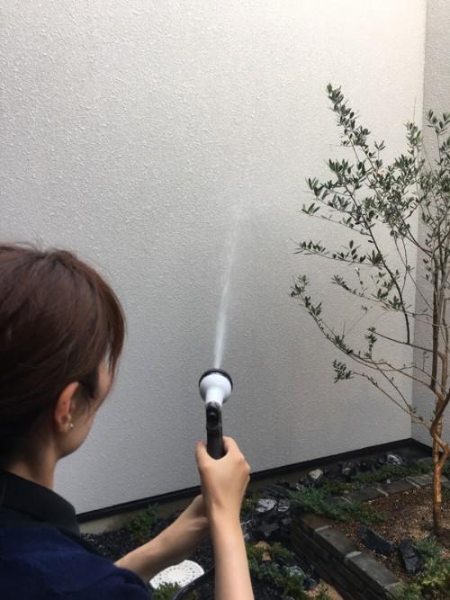 洗える外壁と洗えない外壁